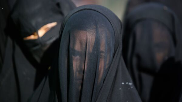 Мусульманки, архивное фото - Sputnik Армения