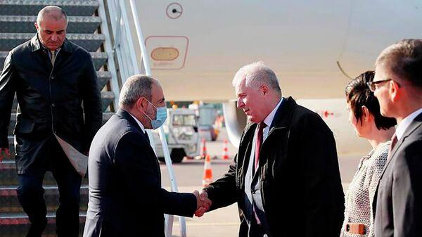 Премьер-министр Никол Пашинян прибыл в Литву с официальным визитом (3 октября 2021). Вильнюс - Sputnik Армения