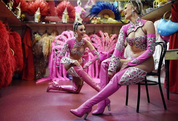 «Մուլեն Ռուժի» պարուհիները։ - Sputnik Արմենիա