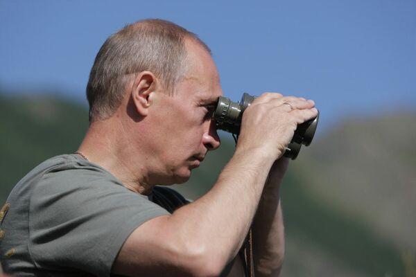 Российский лидер редкие периоды отдыха проводит на природе. - Sputnik Армения