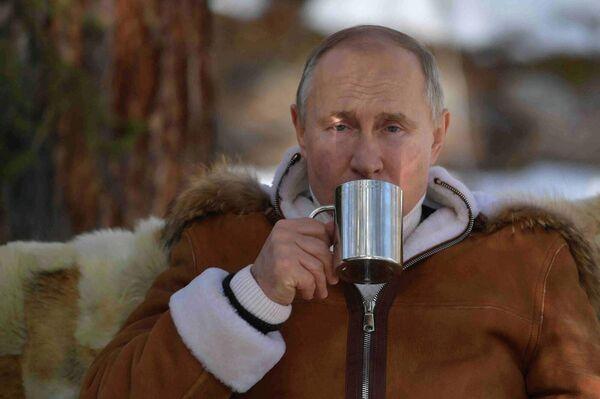 Глава российского государства не первый раз выбирает Сибирь в качестве направления для отдыха. - Sputnik Армения