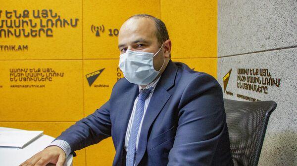 Министр труда и социальных вопросов Нарек Мкртчян в гостях радио Sputnik - Sputnik Արմենիա