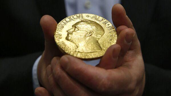 Медаль Нобелевской премии мира в Балтиморе - Sputnik Армения