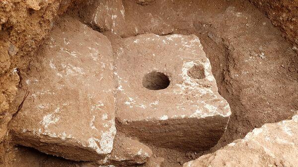 Древний туалет в Иерусалиме, датируемый более чем 2700 годами Иерусалима. - Sputnik Армения