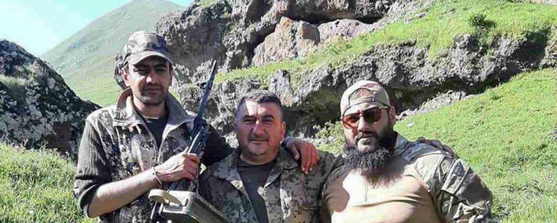 Առուշ Առուշանյանը (ձախից առաջինը) մարտական ընկերների հետ - Sputnik Արմենիա, 1920, 12.10.2021