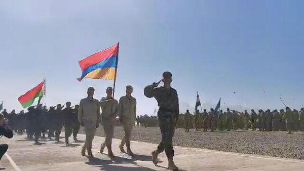 В Таджикистане проходят военные учения стран ОДКБ - Sputnik Армения