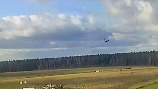 Момент падения легкомоторного самолета под Рузой - Sputnik Армения