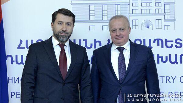 Կարեն Անդրեասյանն ընդունել է ՀՀ–ում ՌԴ դեսպանին - Sputnik Արմենիա