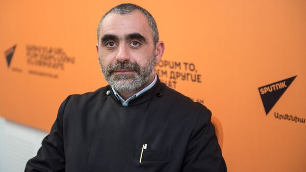 Иерей Есаи Артенян  - Sputnik Արմենիա