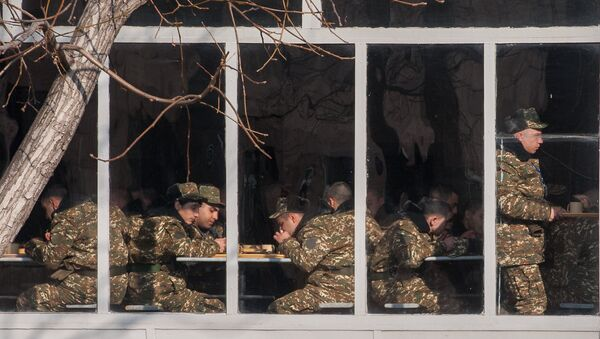 Первый день зимнего призыва в армию РА 2018 г. - Sputnik Արմենիա