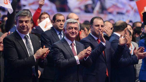 Президент, Премьер-Министр и Министр Обороны Армении - Sputnik Արմենիա