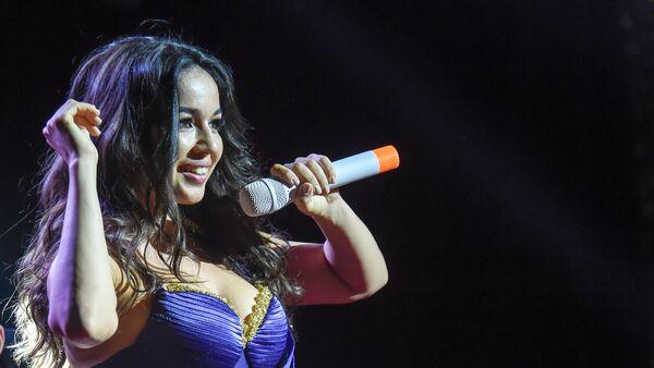 Горячая армянская танцовщица Варда - Sputnik Արմենիա