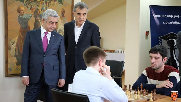 Президент Серж Саргсян наблюдал за ходом 8-го турнира памяти Андраника Маргаряна - Sputnik Армения