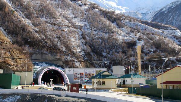 Рокский перевальный тоннель, соединяющий Россию с Южной Осетией, открыт после капитальной реконструкции - Sputnik Армения