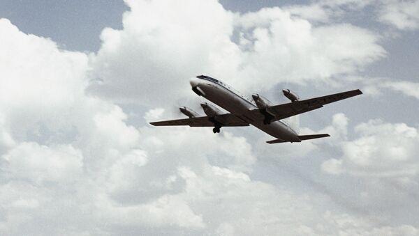 Самолет Ил-18 - Sputnik Армения