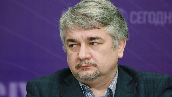Ростислав Ищенко - Sputnik Армения
