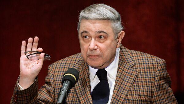 Писатель-юморист, народный артист РФ Евгений Петросян - Sputnik Արմենիա