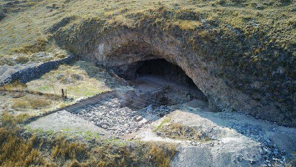 Археологические раскопки в пещере Агиту-3 - Sputnik Армения