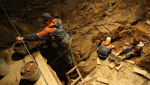 Денисова пещера - Sputnik Армения