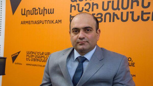 Աշխատանքի և սոցիալական ապահովության փոխնախարար Թադևոս Ավետիսյան - Sputnik Արմենիա