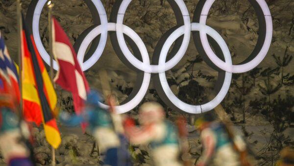 Олимпийские кольца. Пхенчхан, Южная Корея - Sputnik Армения