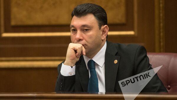 Заседание Национального собрания РА. Эдуард Шармазанов - Sputnik Армения