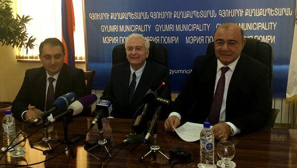 Подписание меморандума о взаимопонимании между промышленными палатами Гюмри и Израиля - Sputnik Армения