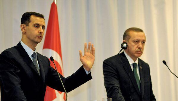 Реджеп Тайип Эрдоган и Башар Асад на совместной пресс-конференции (7 июля 2010). Стамбул, Турция - Sputnik Армения