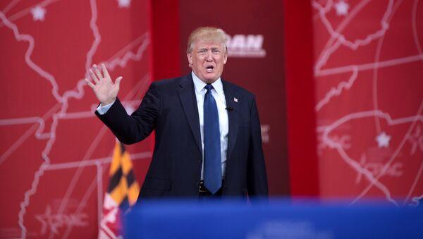 Дональд Трамп во время выступления на Конференции Консервативного Политического Действия (CPAC) /2015 год/. Нэшнл-Харборе, штат Мэриленд, США - Sputnik Армения