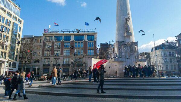 Площадь Дам, Амстердам, Нидерланды - Sputnik Արմենիա