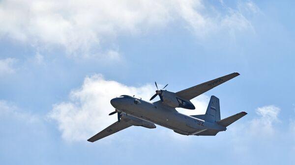 Военно-транспортный самолёт Ан-26 - Sputnik Армения