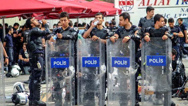 Полиция Турции - Sputnik Армения