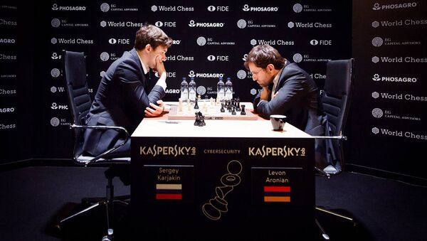 Партия Карякин - Аронян на турнире претендентов по шахматам (14 марта 2018). Берлин, Германия - Sputnik Արմենիա