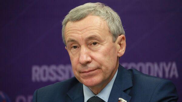 Глава комиссии Совфеда по защите суверенитета Андрей Климов - Sputnik Армения