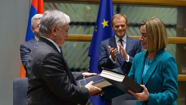 Армения подписала соглашение о всеобъемлющем и расширенном партнерстве с ЕС - Sputnik Արմենիա