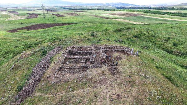 Армяно-итальянская археологическая экспедиция в Котайкской области - Sputnik Армения