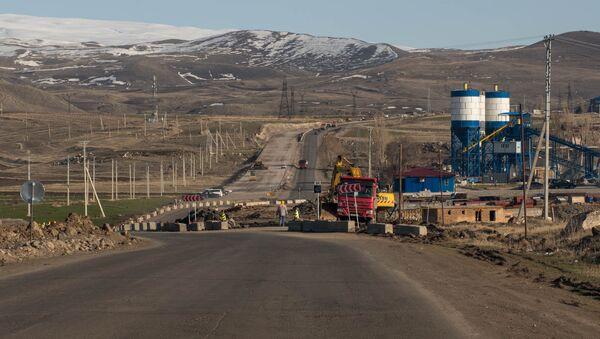 Ремонтные работы на трассе Север-Юг - Sputnik Արմենիա