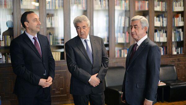 Президент Армении Серж Саргсян, председатель Высшего судейского совета Гагик Арутюнян и председатель Конституционного суда Армении Грайр Товмасян - Sputnik Армения