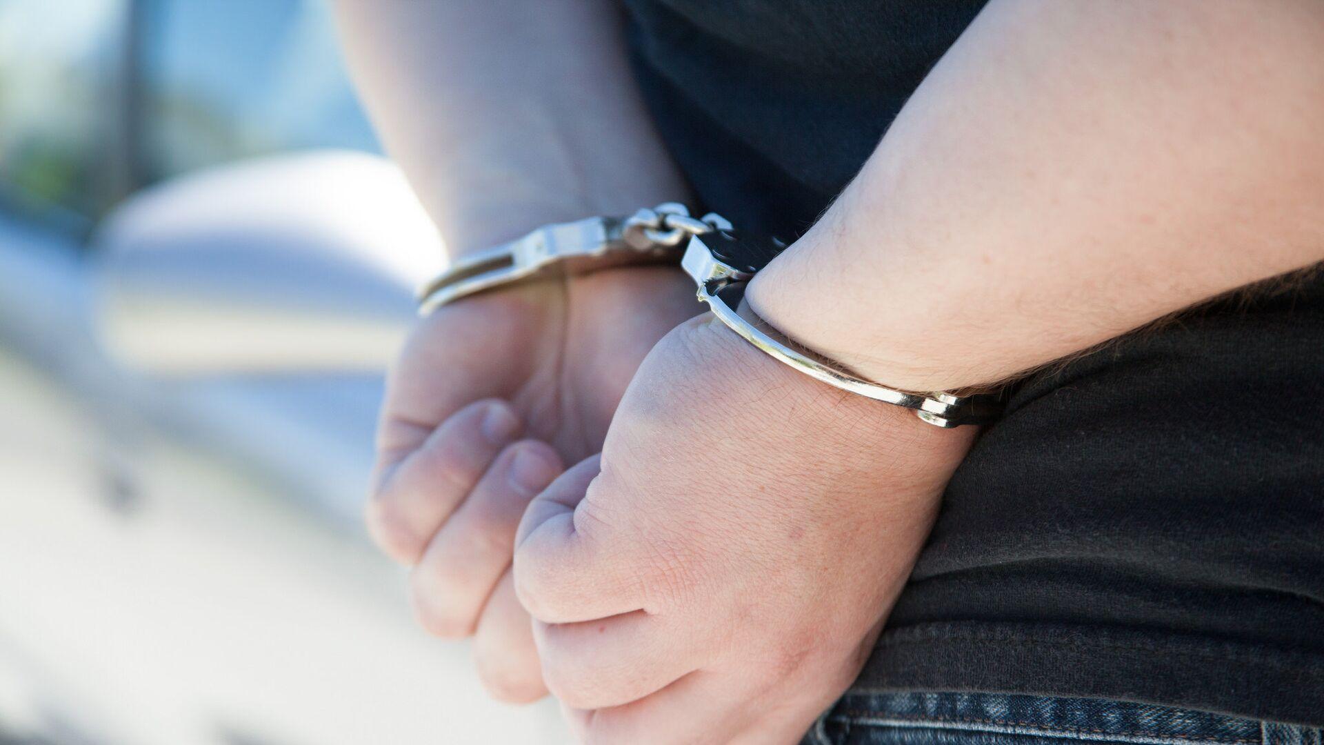 Арестованный в наручниках - Sputnik Արմենիա, 1920, 07.08.2021