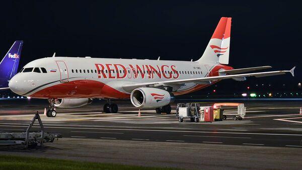Самолет Airbus A320-233 авиокомпании Red Wings - Sputnik Армения
