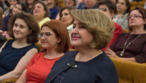 Первая леди Армении Рита Саргсян на последнем вечере в рамках проекта Дипломатические ноты в Посольстве РФ в Армении (5 апреля 2018). Ереван - Sputnik Արմենիա