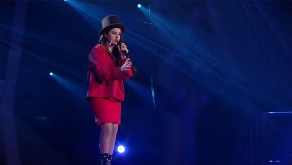 Мириам Багдасарян на шоу «Голос» исполняет Formidable из репертуара Stromae - Sputnik Армения