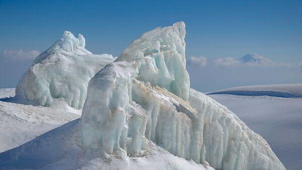 Лед на горе Арагац - Sputnik Армения