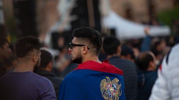 Площадь Республики после митинга (29 апреля 2018). Еревaн - Sputnik Армения