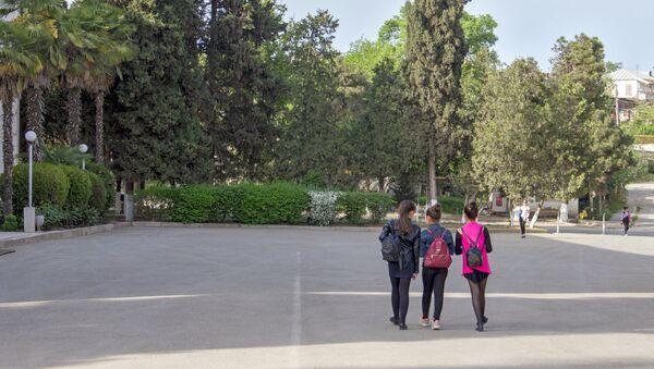 Девочки после уроков в Мартуни, Арцах - Sputnik Արմենիա