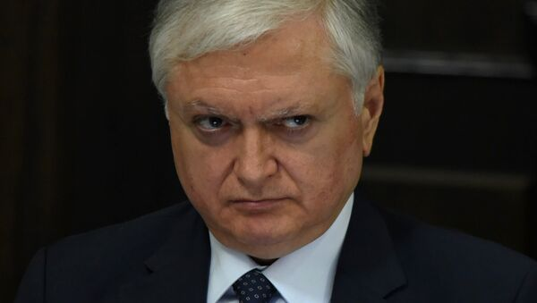 Врио министра иностранных дел Эдвард Налбандян на заседании правительства Армении (11 мая 2018). Еревaн - Sputnik Армения