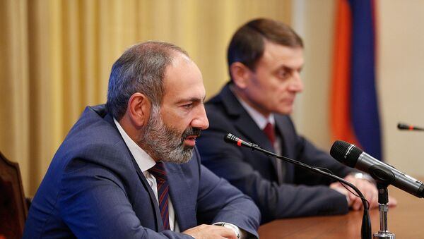 На встрече с руководящим составом Полиции премьер-министр Никол Пашинян представил нового главу (11 мая 2018). Еревaн - Sputnik Արմենիա