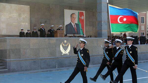 Военнослужащие ВС Азербайжана во время принятия воинской присяги (10 мая 2018). Бакy - Sputnik Армения