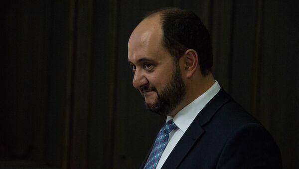 Министр образования и науки Армении Араик Арутюнян на заседании правительства (17 мая 2018). Еревaн - Sputnik Արմենիա