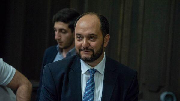 Министр образования и науки Армении Араик Арутюнян на заседании правительства (17 мая 2018). Еревaн - Sputnik Армения